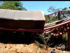 Ponte que dá acesso a Palmeira do Piauí cai e moradores ficam ilhados