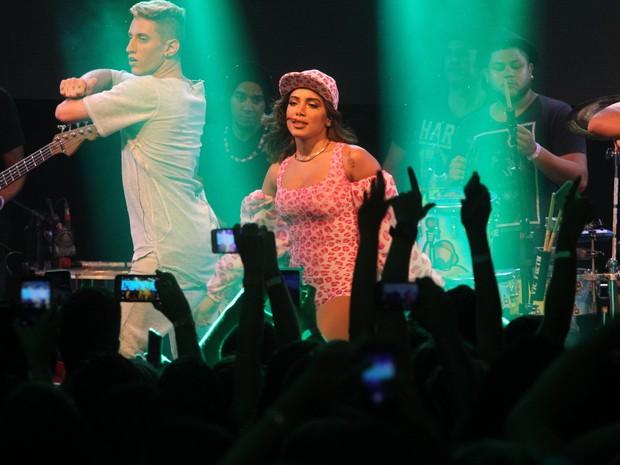 Anitta em show no Rio (Foto: Marcello Sá Barretto/ Ag. News)