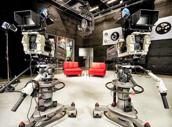 Estúdios super equipados do YouTube têm câmeras profissionais, iluminação e mais (Foto: Divulgação/YouTube)
