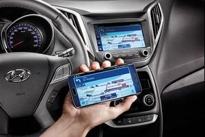 Espelhamento de tela de smartphone Android na multimídia do Hyundai HB20X 2016 (Foto: Divulgação)