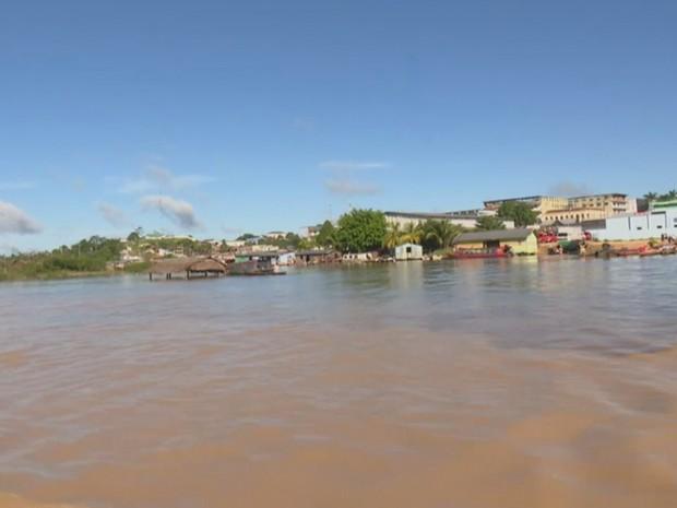 Após cheia histórica, Rio Juruá volta a subir e preocupa a população na região (Foto: Reprodução/Rede Amazônica Acre)