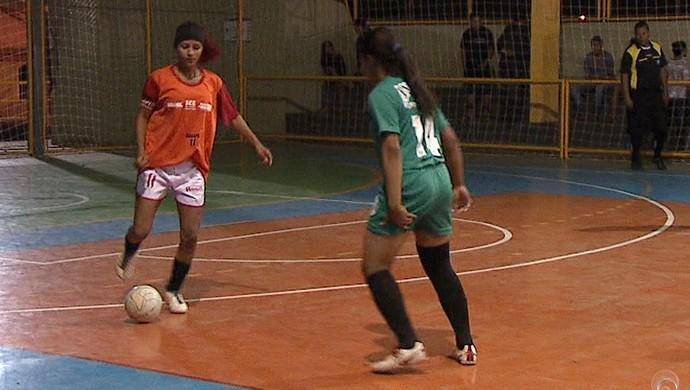 Estrelinha goleia Andirá na últlima rodada da fase de classificação do Acreano de Futsal Feminino (Foto: Reprodução/TV Acre)