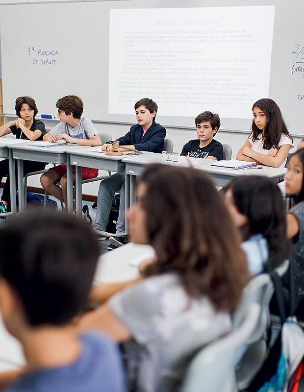 Na primeira semana de aula, o projeto Conviver Melhor propõe a discussão sobre regras de convivência (Foto:  )