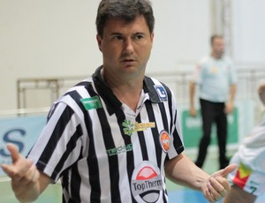 Flávio Prado, técnico, Presidente Venceslau,  (Foto: Cláudio Almeida / Presidente Venceslau, Divulgação)