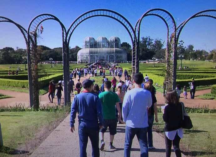 O Jardim Botânico é uma das atrações da capital paranaense  (Foto: Reprodução/RPC)