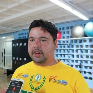 Lauro Tentardini ajudou a trazer jogadoras com passagem pela Seleção para o Iranduba (Foto: Marcos Dantas)