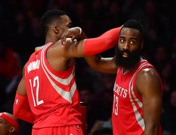 Dwight Howard e James Harden Rockets x Lakers NBA (Foto: Getty)