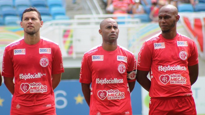Luiz Eduardo - Cascata - FLávio Boaventura - América-RN (Foto: Canindé Pereira/Divulgação)