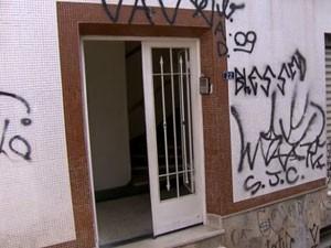 Apartamento onde ocorreu o crime (Foto: Reprodução/TV Globo)