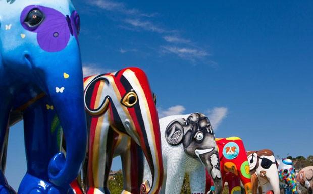 elephant parade (Foto: Scott Sporleder)