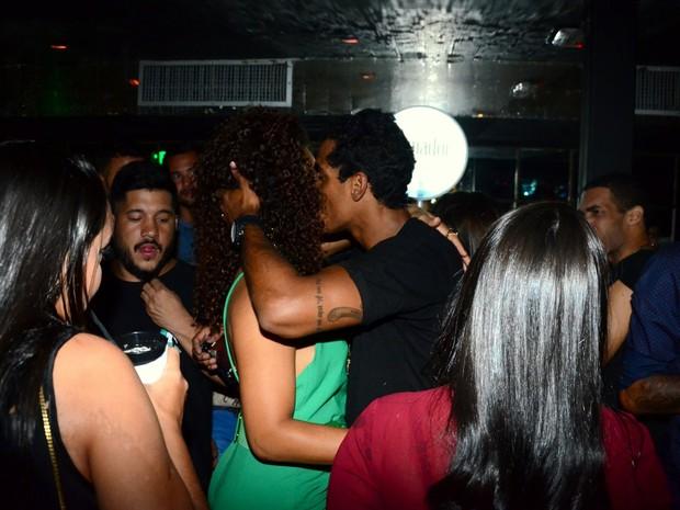 Juliana Alves e Marcello Melo Jr em festa na Zona Sul do Rio (Foto: Webert Belicio/ Ag. News)