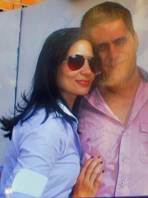 Em imagem de arquivo, Angelita Pinto ao lado do marido (Foto: Reprodução)