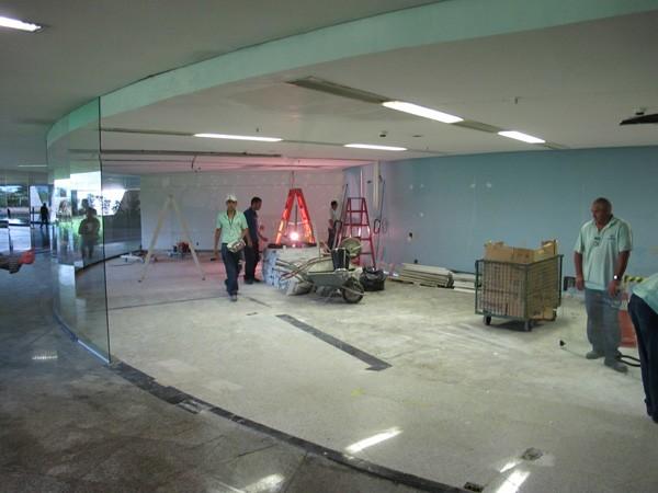 Local onde vai funcionar o SIC do STJ ainda em reforma (Foto: Vítor Matos/G1 Brasília)