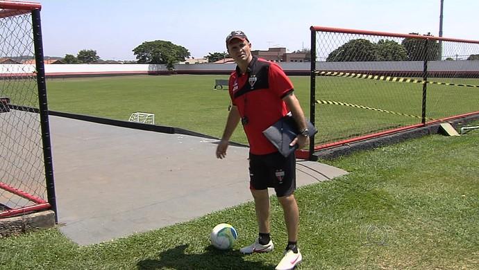 Wagner Lopes, técnico do Atlético-GO (Foto: Reprodução/TV Anhanguera)