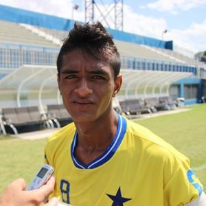 João Lucas, meia do Nacional Jr. (Foto: Marcos Dantas)