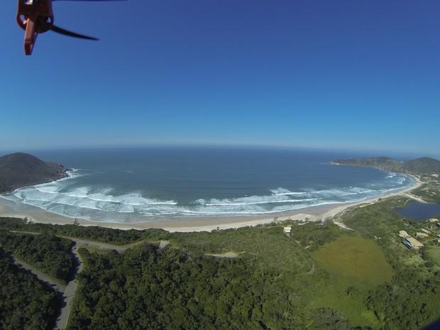 Praia do Rosa é uma das 30 baías mais belas do mundo (Foto: Claudio Lima/Divulgação)