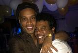 Coritiba apresenta proposta para ter Ronaldinho, e Assis fica de analisar