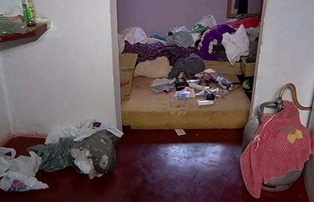 Jovem é encontrada morte em casa de Goiatuba, Goiás (Foto: Reprodução/TV Anhanguera)