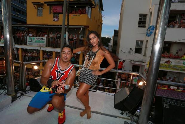 Xanddy e Anitta (Foto: Dilson Silva / AgNews)