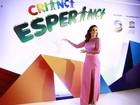 Ivete Sangalo usa fenda no 'Criança' e brinca: 'Para aumentar as doações'