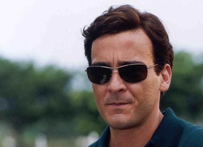 Em 2000, o ator encarnou o boa vida Danilo da novela Laços de Família (Foto: CEDOC / TV Globo)