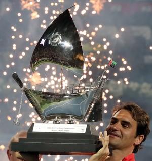tênis roger federer dubai (Foto: AFP)