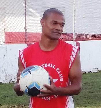 Léo Mineiro, volante do Rio Branco-AC (Foto: Duaine Rodrigues)