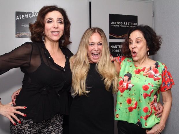 Marisa Orth, Suana Vieria e Stela Miranda em peça no Rio (Foto: Anderson Borde/ Ag. News)