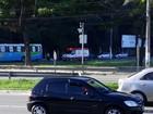 Homem cai de ônibus em movimento após porta abrir no ES
