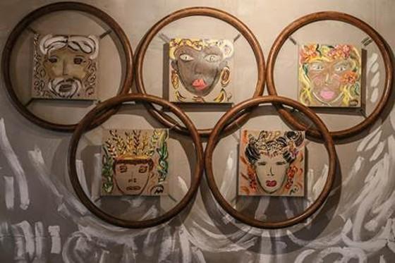 Algumas obras de Marie foram inspiradas pelos anéis Olímpicos  (Foto: Divulgação)