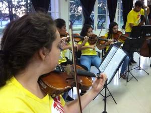 Crianças e adolescentes com idade entre 6 e 18 anos podem participar (Foto: Moisés Soares / TV TEM)