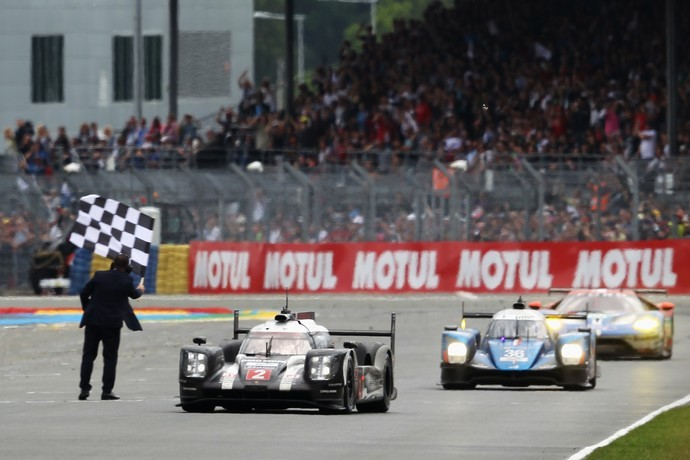 Porsche vence as 24 Horas de Le Mans