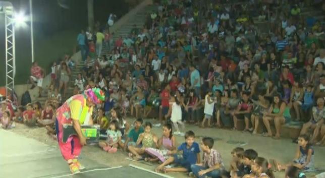 Palhaço Catolé diverte a garotada (Foto: Amazônia TV)