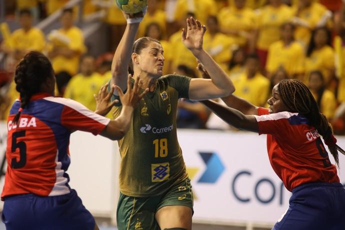 Brasil x Cuba - Torneio Quatro Nações Handebol - Duda Amorim (Foto: Cinara Piccolo/Photo&Grafia)