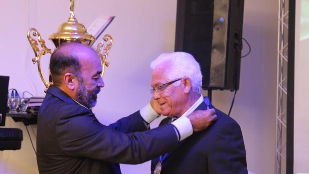 Cesarino Oliveira e José Lima, presidente do Parnahyba, durante a festa do Piauiense 2013 (Foto: Josiel Martins)