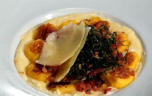 Nhoque de mandioquinha com creme de queijo Araxá