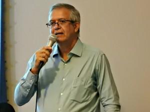 Romero Reis, presidente da Ademi, apresentou dados nesta quinta-feira (26)' (Foto: Suelen Gonçalves/ G1 AM)