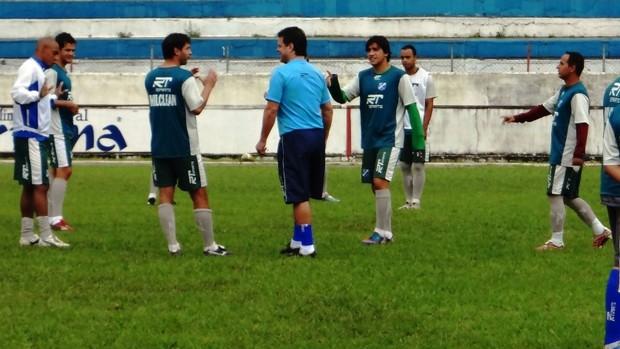 Gilsinho e Paulinho McLaren Taubaté (Foto: Filipe Rodrigues)
