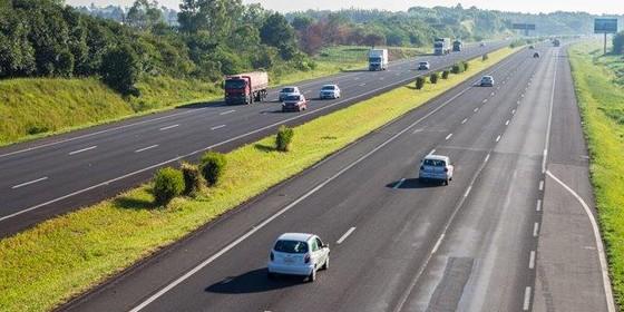 A rodovia da Triunfo-Concepa, que liga Porto Alegre a Osório (Foto: Divulgação)