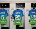 Do banco, Gabigol vê boa atuação de brasucas e virada do Inter no Udinese