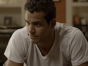 Ivan convida Sérgio para sair (Foto: TV Globo)