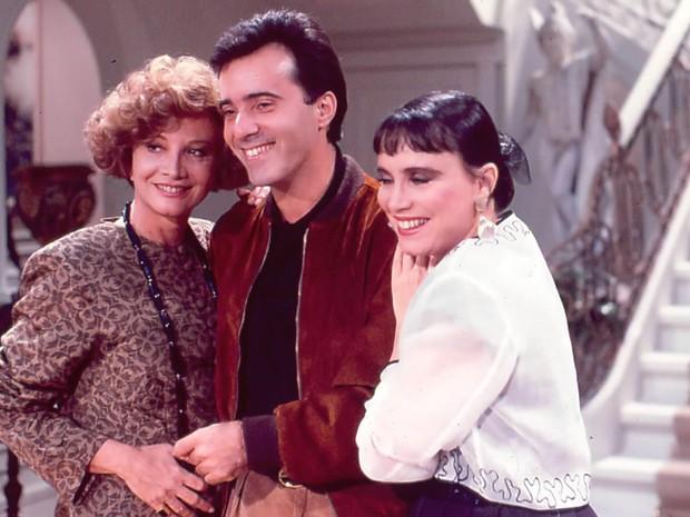 Laurinha (Glória Menezes), Edu (Tony Ramos) e Maria do Carmo (Regina Duarte)