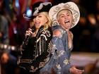 Madonna grava acústico MTV com Miley Cyrus e imita pose da cantora