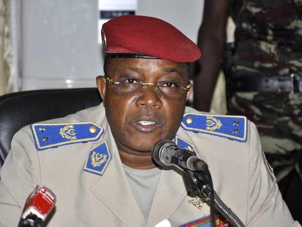 Chefe do Estado-Maior general Nabéré Honoré Traoré, em imagem de julho de 2011. (Foto: Arquivo / Ahme Ouoba / AFP Photo)