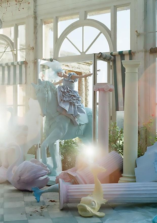 Unicórnio fashion (Foto: Reprodução/Vogue britânica)