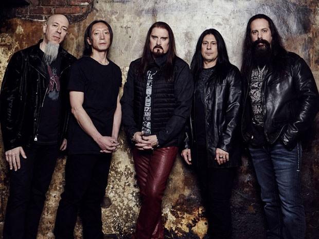 Os integrantes da banda Dream Theater (a partir da esquerda): Jordan Rudess (teclado), John Myung (baixo), James LaBrie (vocal), Mike Mangini (bateria) e John Petrucci (guitarra)    (Foto: Jimmy Fontaine/Divulgação)