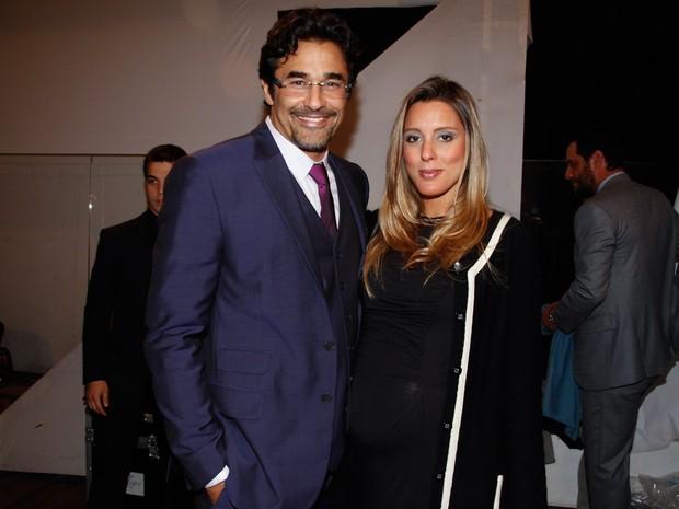 Luciano Szafir com a namorada, Luhanna Melloni, em evento em São Paulo (Foto: Marcos Ribas/ Foto Rio News)