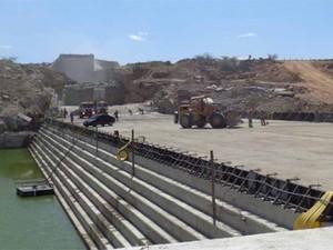 Barragem de Oiticica está com 35% de execução, segundo o governo do estado (Foto: Divulgação/Balanço do PAC)