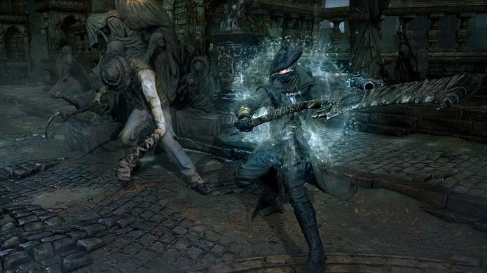 Bloodborne: combate é similar à Dark Souls, mas agora também com armas de fogo. (Foto: Divulgação)