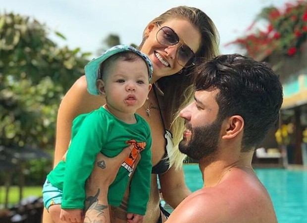 Gusttavo Lima e Andressa Suita com o filho, Gabriel (Foto: Reprodução/Instagram)